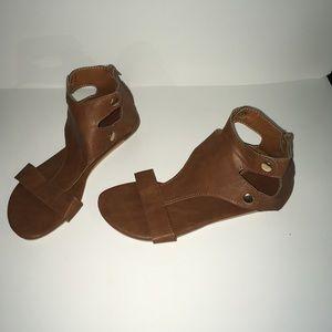 Women's tan sandals